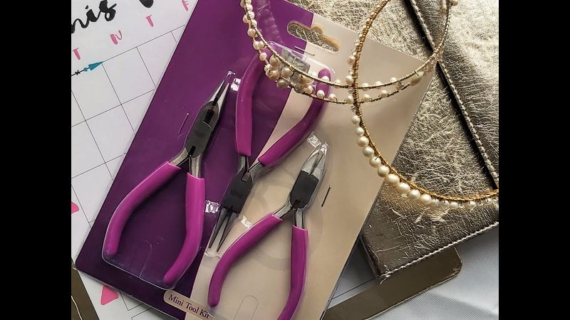 ♥ Example to Set of Tools Brand New Including ♥ Pliers ♥ Snips ♥ Round Nose Pliers ♥