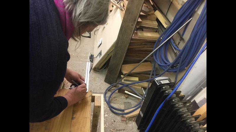 Make a pallet table, upcycling, Woodwork, Surrey