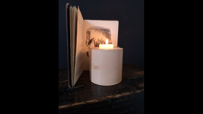 Large Cannwyll Leather Candle Holder
