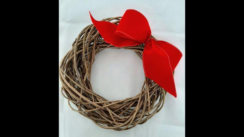 Willow wreath craft kit