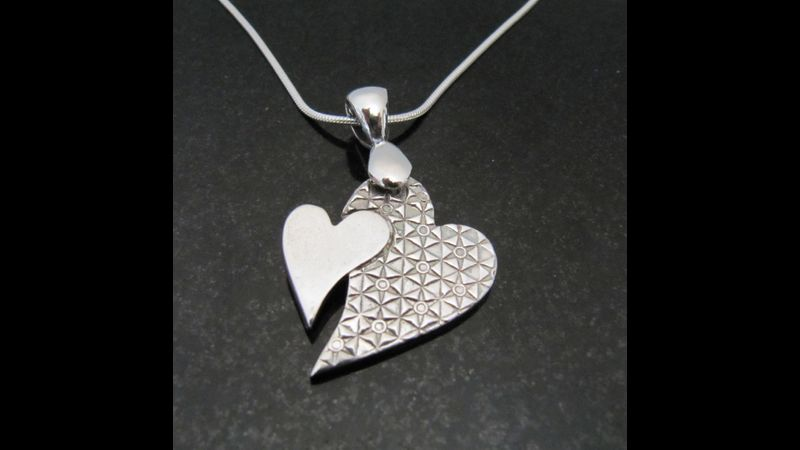 Example of the type of jewellery you will be making