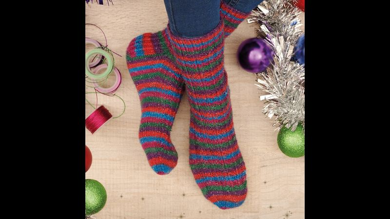 take home West Yorkshire Spinner's exclusive 2021 Christmas sock pattern and yarn to apply your newly learned skills