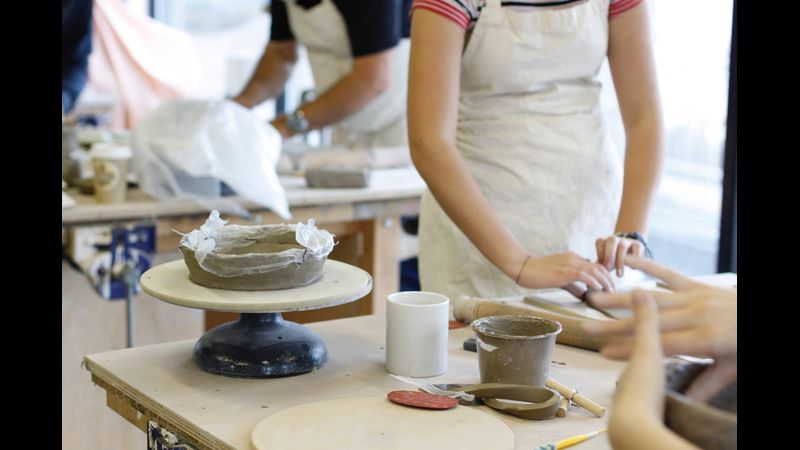 Experimentation and learning to work with raw clay
