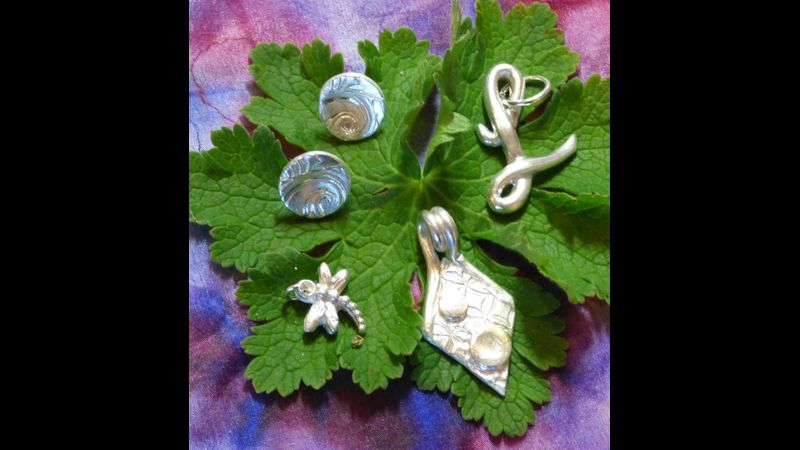 Make several pieces of Silver Jewellery on the Vitreus Art PMC for Beginners Class