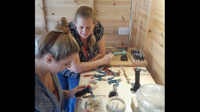 Jewellery making workshop in Bedfordshire with Jude Karnon