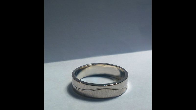 rolled line silver ring