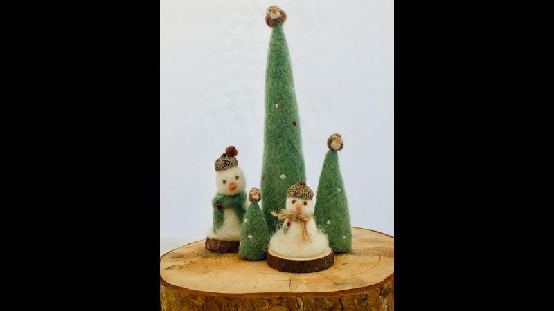 Winter Woodland Scene (Beginners)  Christmas Crafts Needle Felting Workshop in Horncastle Lincs