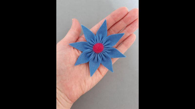 Felt Star Flower Brooch Kit
