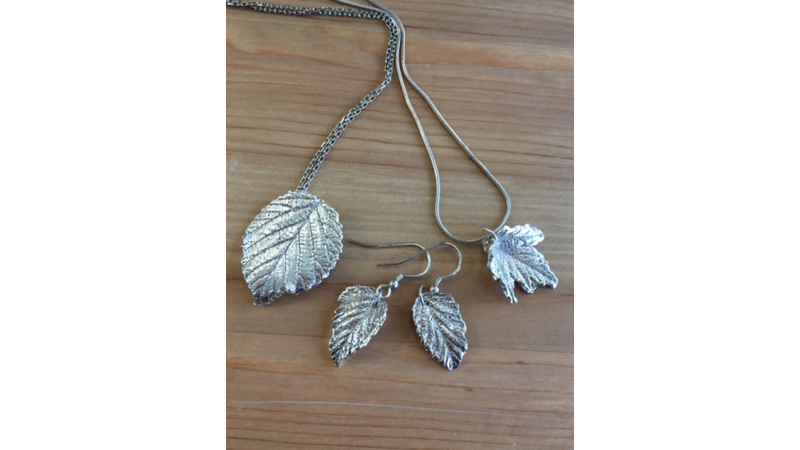 Silver leaves jewellery necklaces