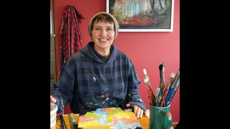Jan demonstrating an acrylic underpainting