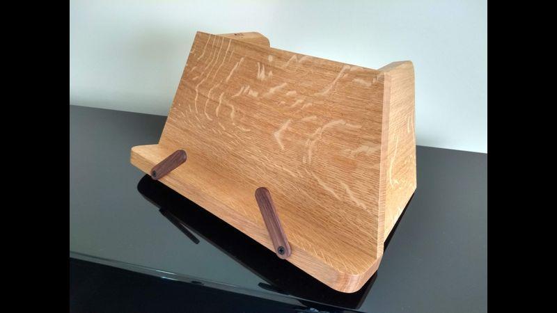 Recipe Book Stand in English Oak