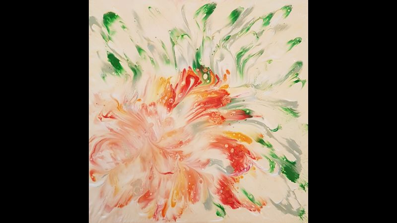 Paint pouring flower - Course in Buckinghamshire