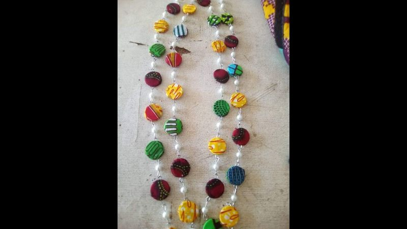 Necklace. learn to make this beautiful African style necklace.  make your own necklace, Join.