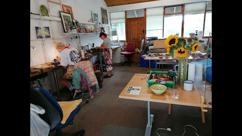 Canal Side Studio with lots of space to socially distance!