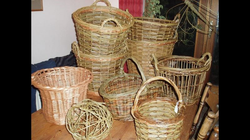 Selection of round and oval baskets