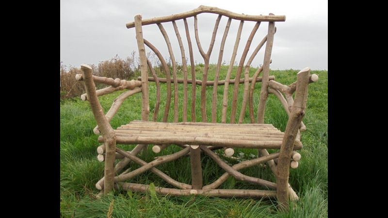 Classic rustic bench made in one day