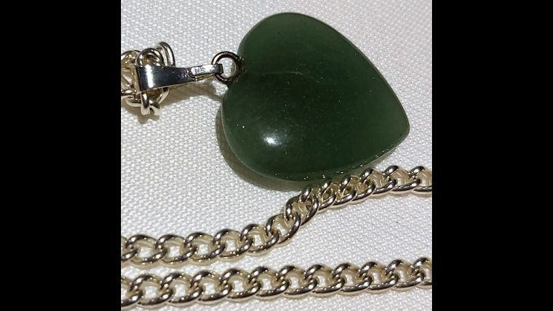 ♥ Genuine Gemstone Aventurine Crystal Puffed Heart Shaped Pendant ♥