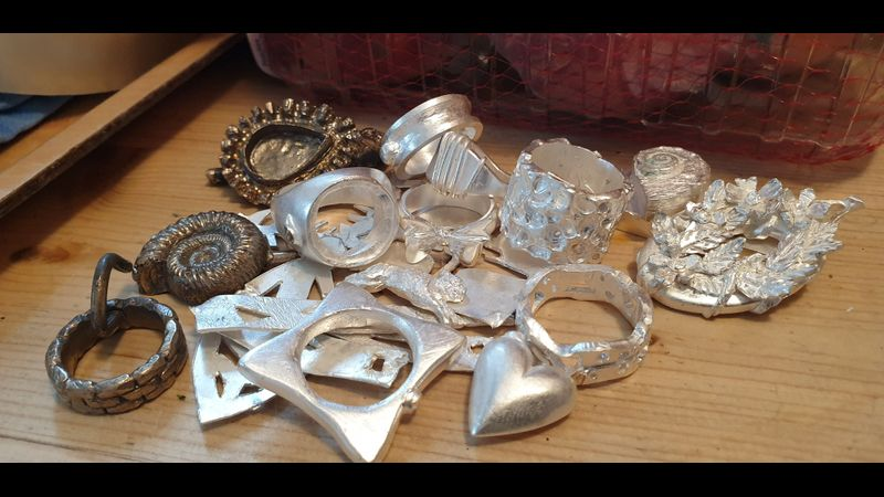 Yes!  Here they are - mostly silver, back from casting, ready to tidy up and polish! So exciting!