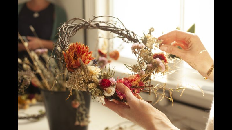 Dried flower wreath making in Chester