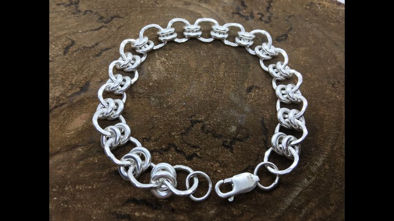 Double link chain bracelet made in this silver jewellery workshop experience day at SDP in Kent.