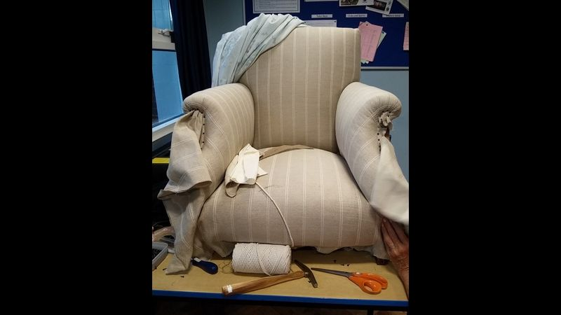 Pippa-Clare Upholstery classes