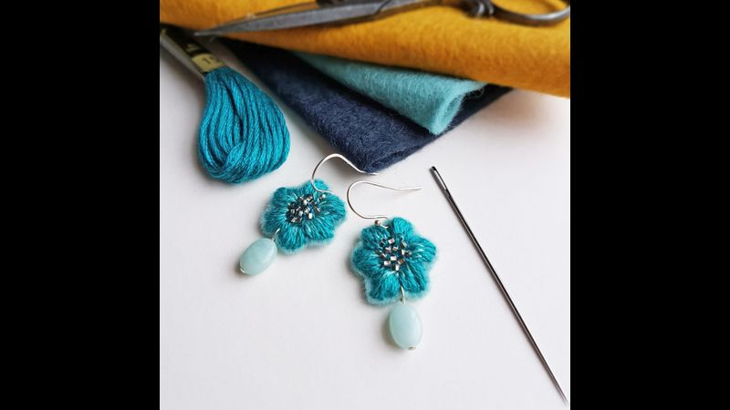 Embroidered jewellery workshop with Judith Brown in Staffordshire