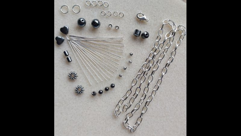 Kit Hematite Necklace Contents Bead shapes may vary
