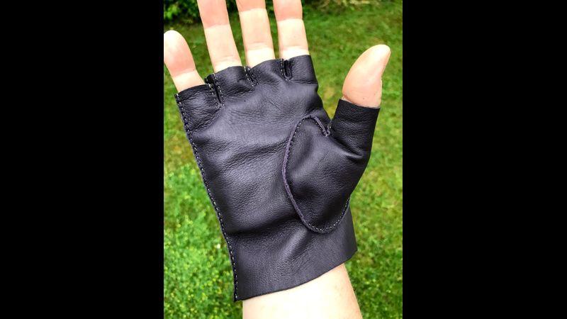 Fingerless glove palm view