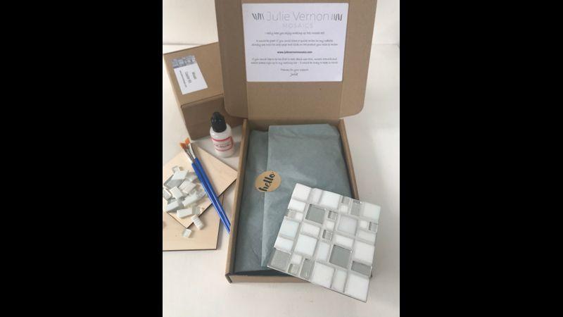 Mosaic coaster kit - silver and white