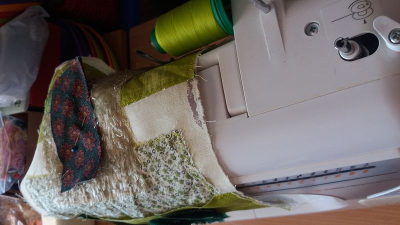 Sewing Machine, thread and fabric