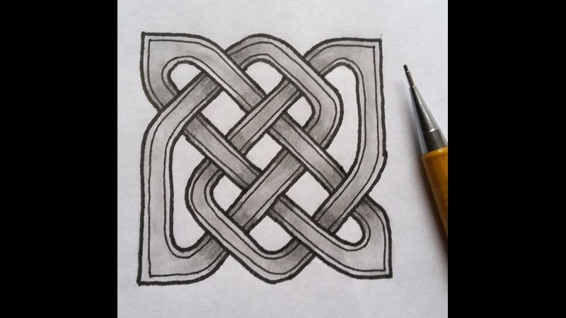 Learn how to draw this Celtic knot in this class