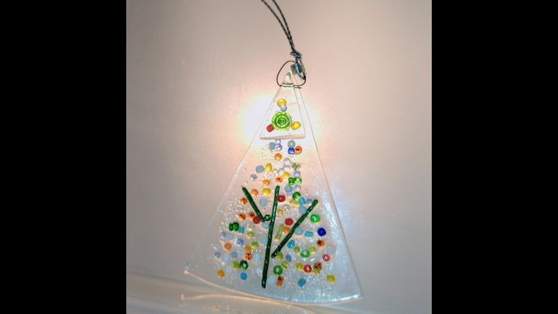 Festive dotty tree fused glass kits