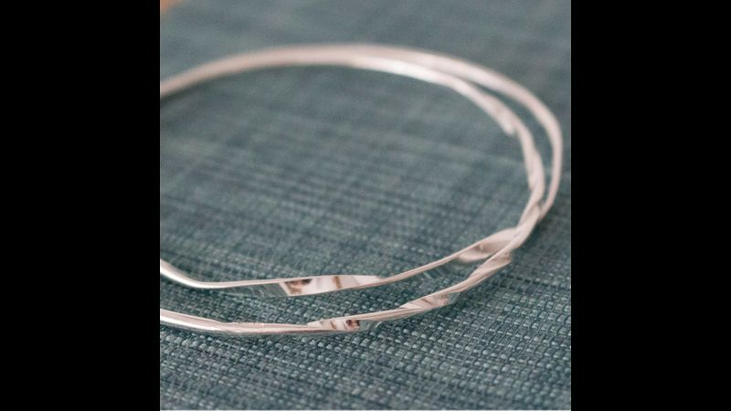 Learn how to make silver bangles with Joanne Tinley. Hampshire Jewellery Making Classes