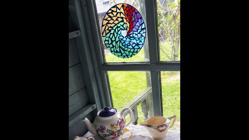 Mosaic rainbow swirl mandala kit