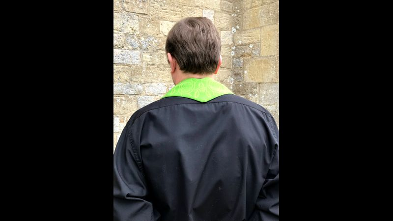 This is the back view of the stole.