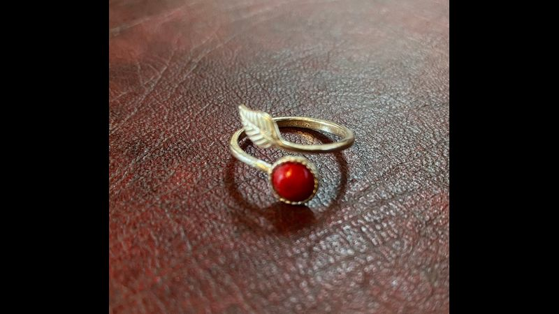 adjustable silver leaf ring with red mountain jade