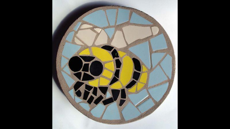 Bee, Mosaic Stepping Stone Kit