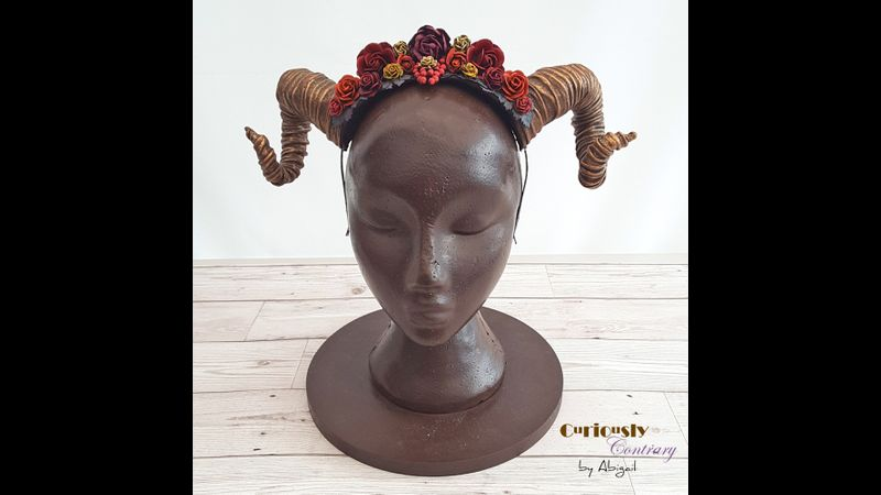 Flowery Horns by Curiously Contrary