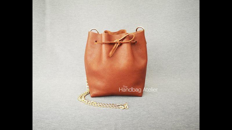 Bucket bag - front
