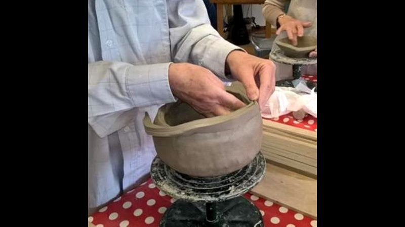 CLAY BEGINNERS COILING